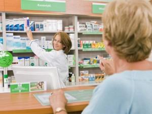 Lenkijos senjorai nemokamų medikamentų nesulauks