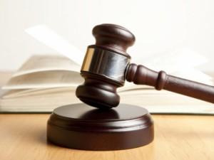 Teisme įstrigo buvusio Šiaulių ligoninės vadovo byla