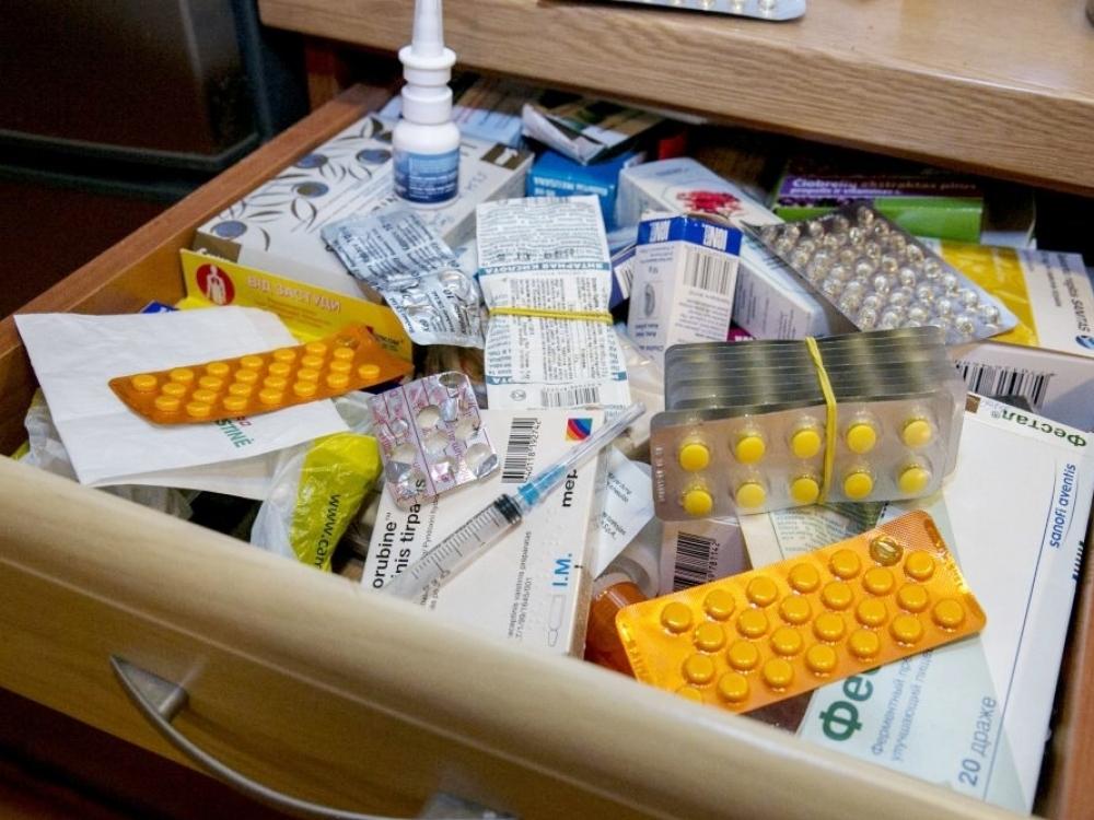 Nereikalingi vaistai virsta šiukšlių kalnu