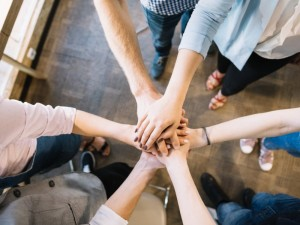 Vilniaus miesto psichikos sveikatos centro specialistai: savižudybė – pagalbos šauksmas