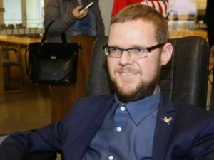 J.Džiugelis kreipėsi į VRK dėl neužtikrintos silpnaregių balsavimo teisės