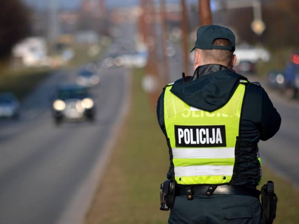 Policija žada kompensuoti pareigūnams skiepus nuo tymų