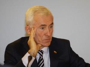 Konservatoriai siūlo naikinti D.Kepenio vadovaujamą Sveikos gyvensenos komisiją