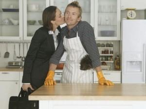 Kas nutinka, kai šeimą išlaiko moteris?