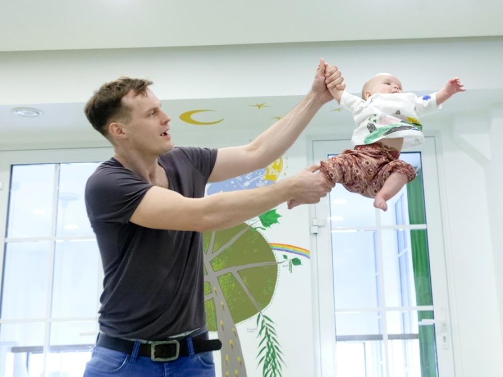 Dinaminė mankšta – sveikesnė kūdikystė