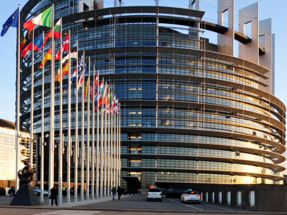 Europos Parlamentas – ne senelių namai