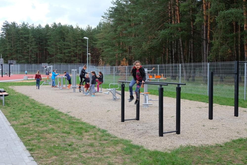 SAM: dalis mokyklų nebeprivalės turėti sporto salių