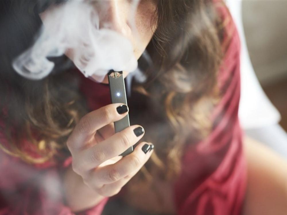 Cigarečių prekeiviais tampa šeštokai