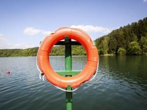 Savaitgalį vandens telkiniuose nuskendo mažiausiai aštuoni žmonės