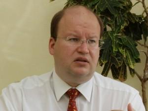 Savivaldybės akibrokštas: dviejų ligoninių personalas dreba dėl ateities