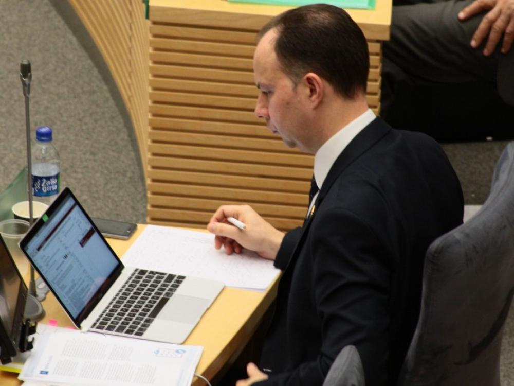 Medikų profsąjungos ragina prezidentą leisti A. Verygai toliau dirbti ministru