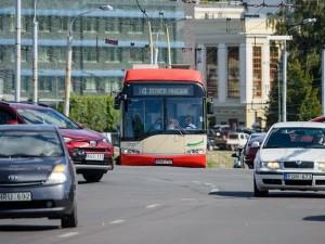 Ar ištirpdys kamščius nemokami autobusai?