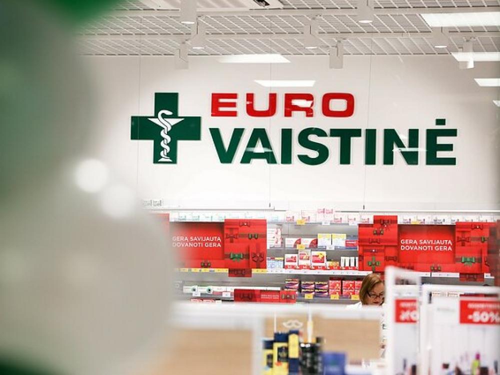 """Eurovaistinė"""" eksperimentuoja internete: 10 prekių, kurių niekada nesitikėjote rasti vaistinėje"""