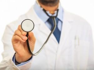 Po gydytojo mirties – psichiatrų žinutė ministerijai: jokia diagnozė ir gydymas neturėtų būti kliūtis dirbti mediko darbą