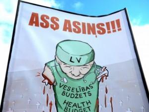 Latviai streikuoja – lietuviai žiūri