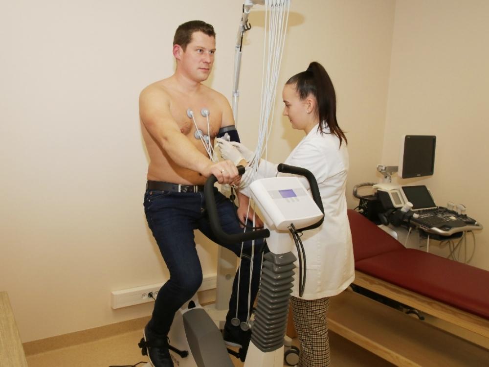 hipertenzija senyvo amžiaus hipertenzija hipertenzijos masažo vaizdo pamokos