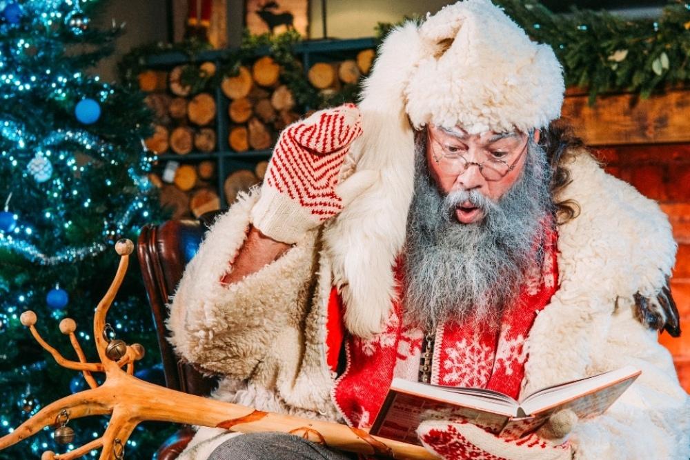 Kalėdų Senelis: tegul džiaugsmas liejasi per kraštus
