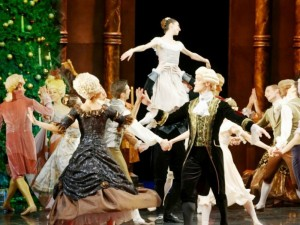 Teatro užkulisiuose – ir per šventes