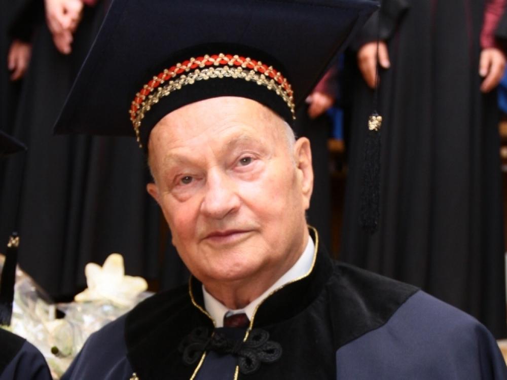 Akademikas Jurgis Brėdikis: sukurti gyvybę Dievas žmonėms patento nesuteikė