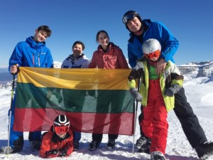 Aplink pasaulį: Vasario 16-osios sutikimas Alpėse
