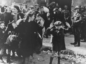 Iš mirties gniaužtų žydus gelbėjo ir medikai