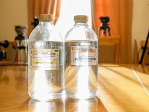 """Vyriausybė tikisi rasti sprendimą su """"Vilniaus degtine"""" dėl dezinfekcinio skysčio"""