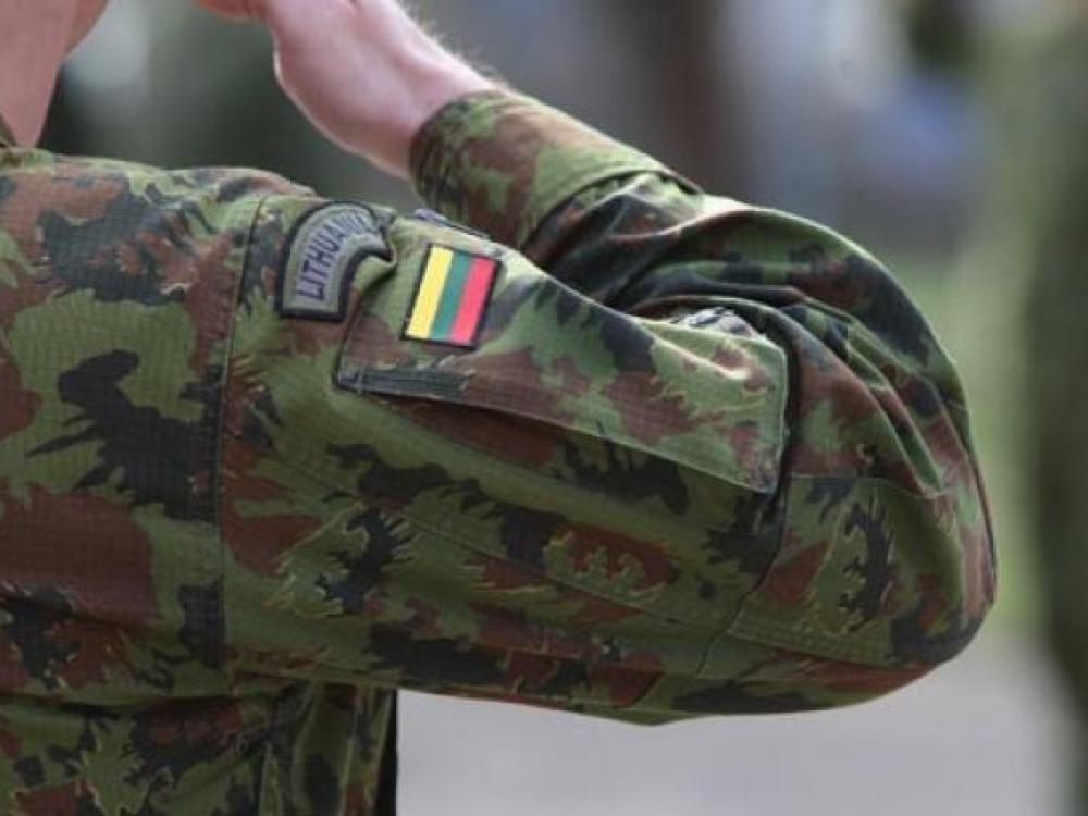 Oro uostuose ir Klaipėdos jūrų uoste dėl koronaviruso budėjimą pradeda kariai