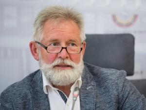 A.Sysas siūlo papildomas socialines garantijas dirbantiems su pavojingomis ligomis