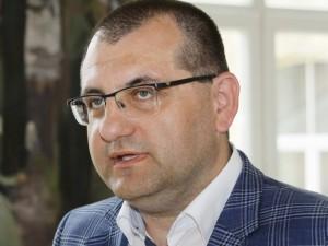 Profesorius Vytautas Kasiulevičius prašo verslo pagalbos medikams