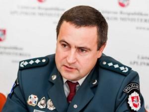 Policija perspėja, kad gali griežtinti kontrolę viešose vietose per karantiną