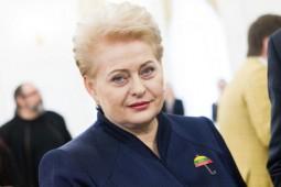 D.Grybauskaitė: dabar testuoti būtina visus – gydytojus, vaistininkus, pardavėjus