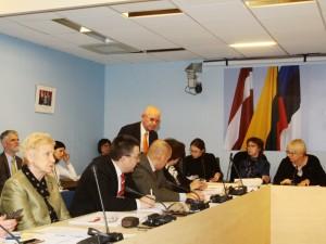 Darbas nuotoliniu būdu. Ką veikia Seimo Sveikatos komiteto nariai? (atnaujinta)