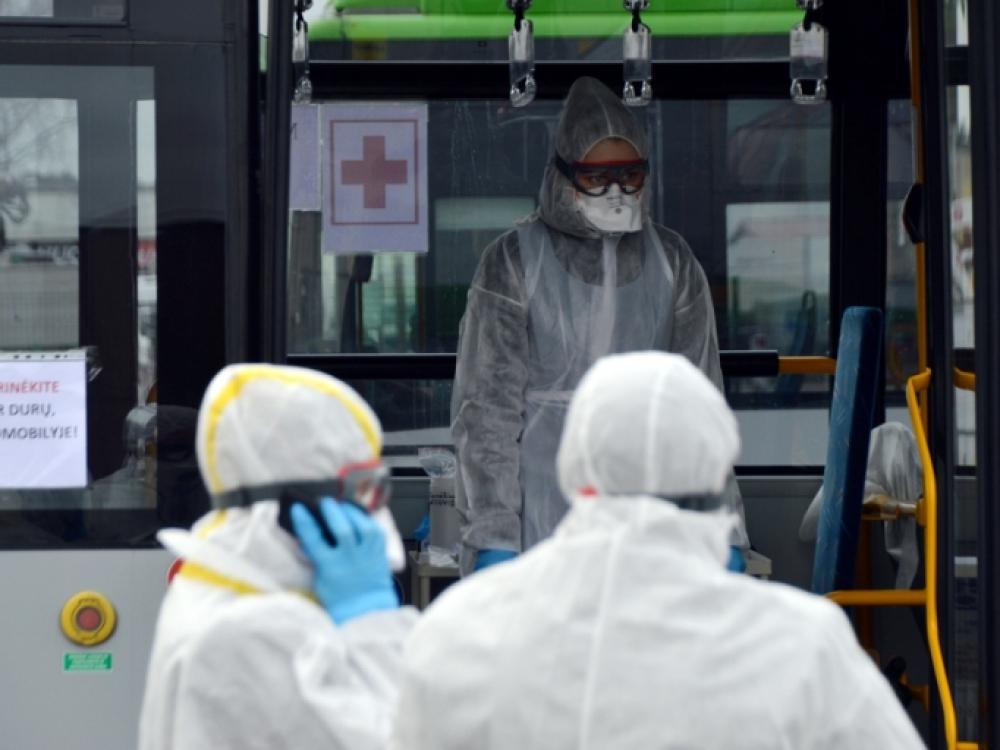 SAM: koroanviruso testai bus atliekami visiems grįžtantiems, jie bus paleidžiami į namus