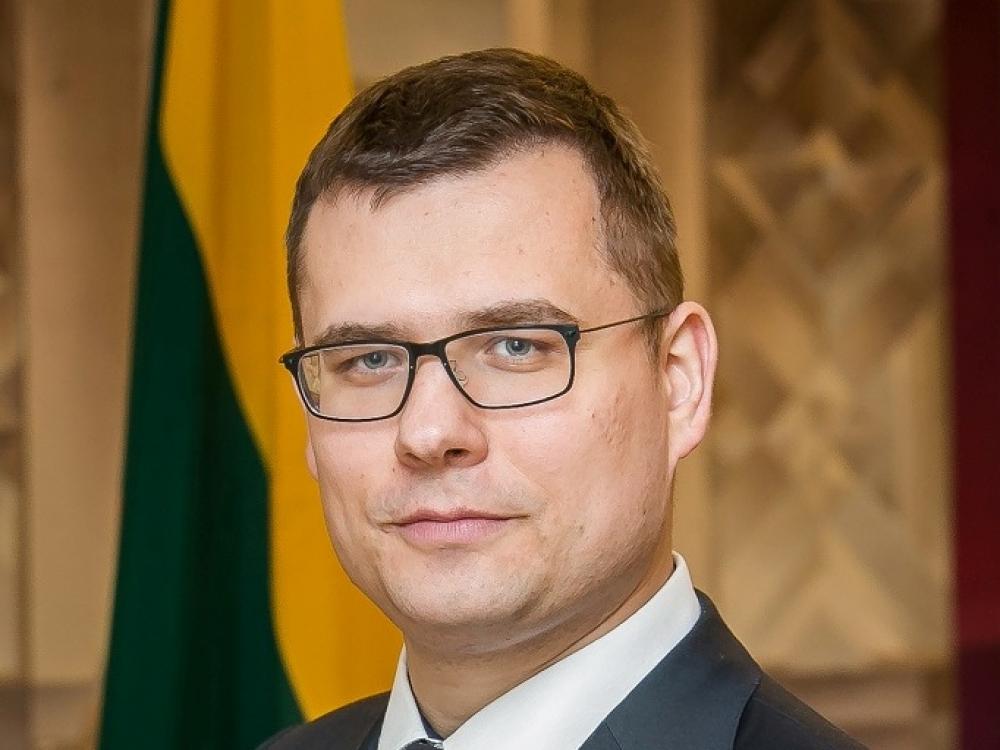 L.Kasčiūnas prašo informuoti, ar Lietuva pasirengusi gydyti lengvas COVID-19 formas namuose