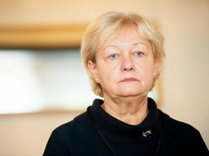 """D.Razmuvienė: kostiumus pakartotinai naudojusi ligoninė """"sutaupė"""" nebent koronavirusą"""