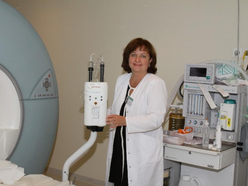 """Radiologė prof. Nomeda Valevičienė: """"Mane žavi hibridiniai aparatai"""""""