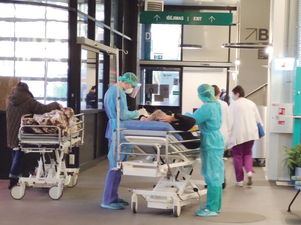Kova su koronavirusu: Klaipėdos medikams vis daugiau iššūkių