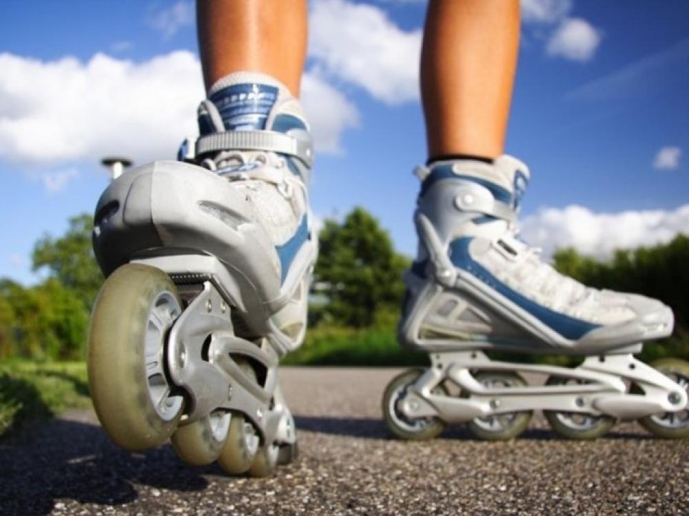 Sportuoti lauke galima! Rinkitės riedučius