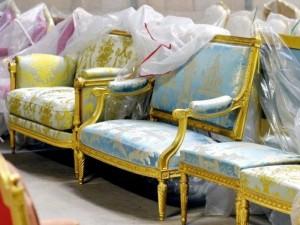 Virusas verčia pardavinėti nacionalines kolekcijas