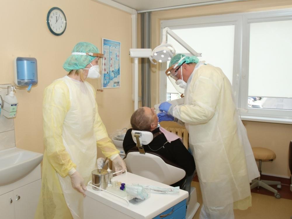 Per dieną visų odontologijos kabinetų neatvers