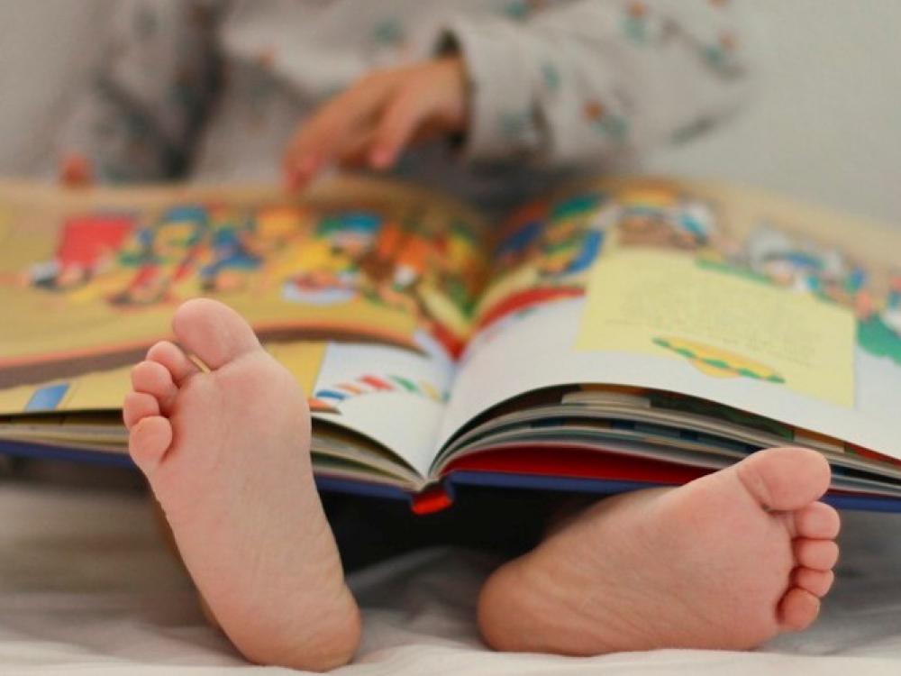 Ar anglų kalba trukdo vaiko gimtosios raidai?