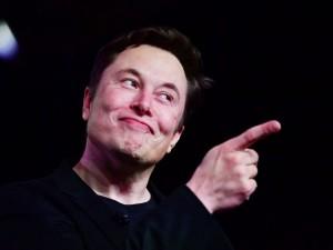 Elonas Muskas - beprotiškiausių idėjų generuotojas