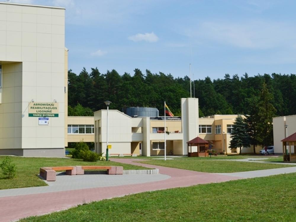 Nėra pagrindo nerimauti dėl reabilitacijos paslaugų Abromiškių reabilitacinėje ligoninėje