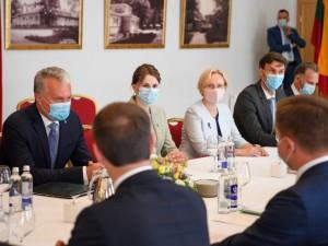 G.Nausėda: savivaldybės pasigenda ministerijų pagalbos