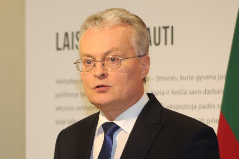 G.Nausėda ragina sveikatos apsaugos ministrą greičiau baigti poilsiauti ir grįžti į darbą