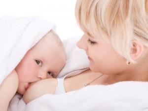 Maitinimas krūtimi: mitai ir tiesos
