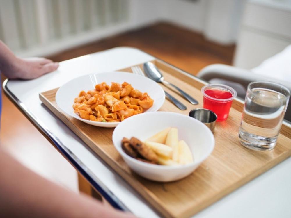 Griežtinami reikalavimai maitinimą savitarnos principu organizuojančioms gydymo įstaigoms