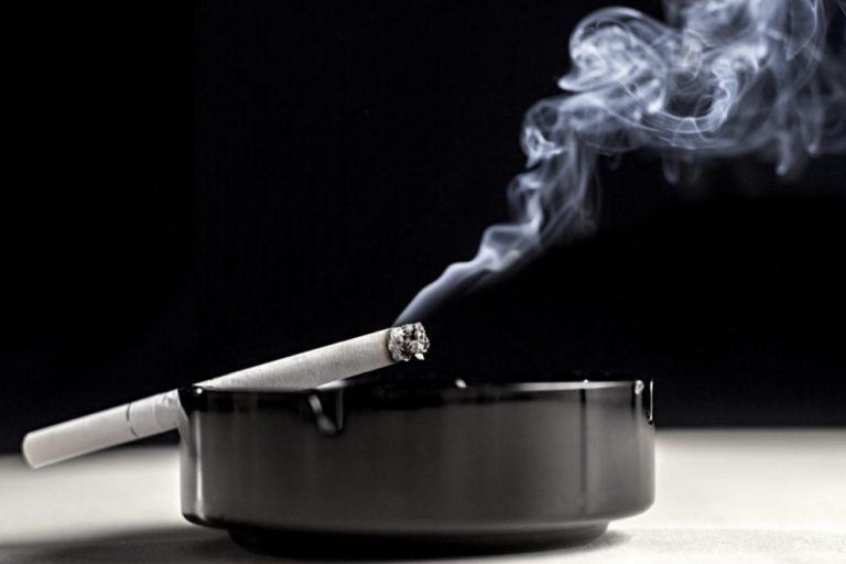 Medikai: be tabako žalos mažinimo programų neapsieisime