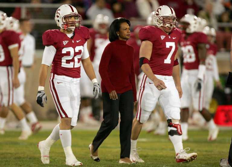 C.Rice bandys gelbėti į šipulius byrančią Amerikietiškojo futbolo lygos reputaciją