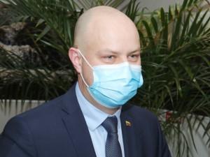 A. Veryga: viruso plitimas nesustoja, nes žmonės nesilaiko rekomendacijų